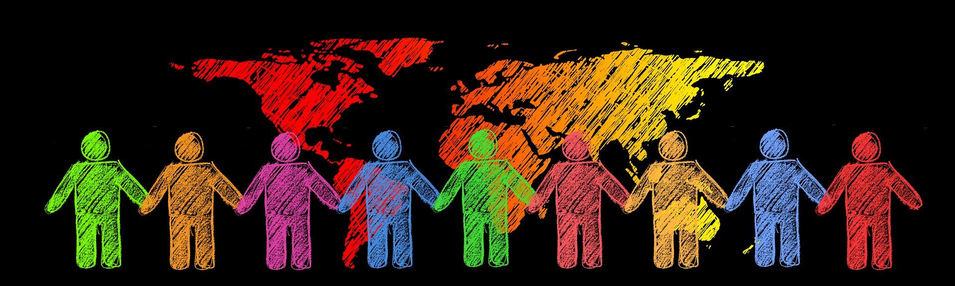 Soziale Verantwortung. Illustrierte Menschenkette vor den Weltkontinenten.
